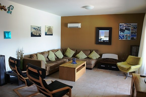 PHOTO GALLERY. lounge2